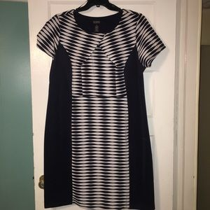 Striped navy dress!